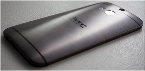 Вид сзади смартфона HTC Sense6