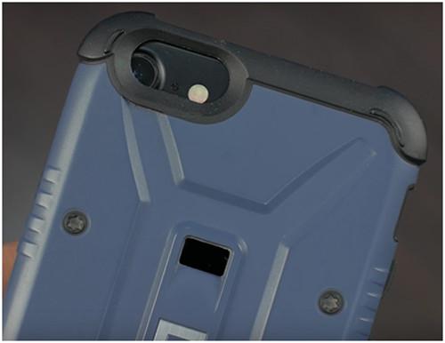iPhone 7 в чехле