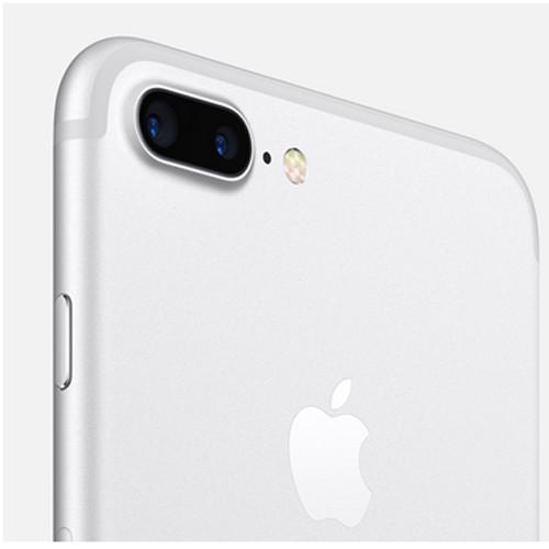 iPhone 7 в серебристом цвете
