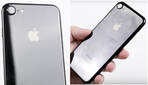 iPhone 7 в черном глянцевом цвете