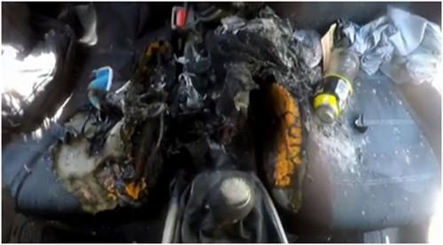 Сгоревший салон автомобиля