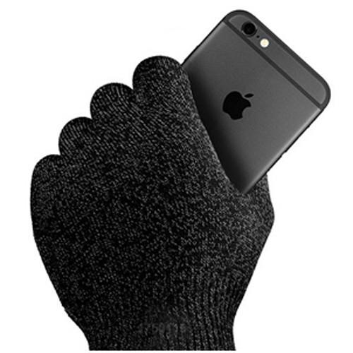 айфон 7 в руке