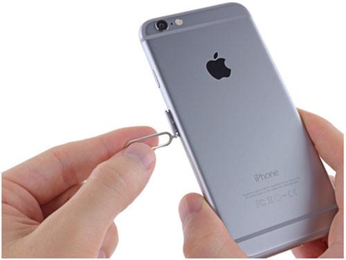 Серый айфон